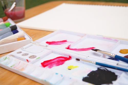 絵具とパレット