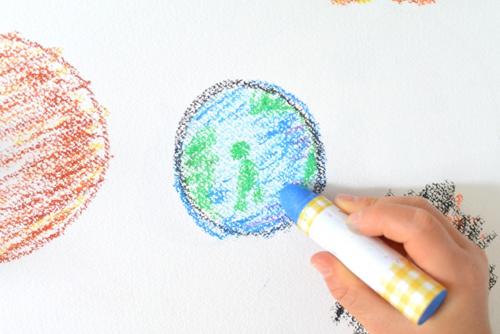 子供が描いた地球の絵